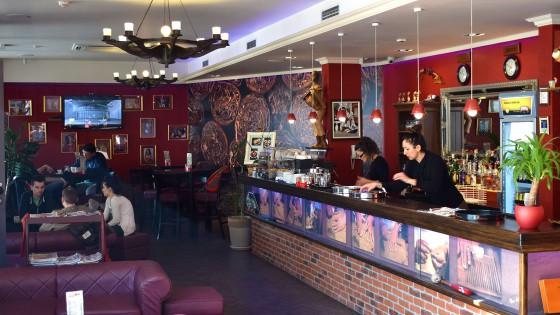 Oslikavanje interijera - zidne tapeti - Caffe bar Kuba - Split, Dalmacija, Hrvatska