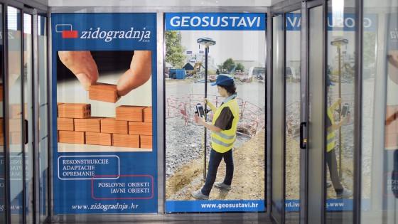 Oslikavanje izloga - Geosustavi - Split, Dalmacija, Hrvatska